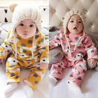 婴儿秋冬装洋气套装3月宝宝加绒睡衣新生儿两件套新年