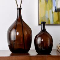 奇居良品 现代简约家居装饰摆件 肖恩咖啡色装饰玻璃摆瓶/花瓶