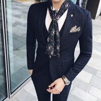 西服套装男韩版修身不规则条纹男士商务休闲小西装三件套新郎礼服