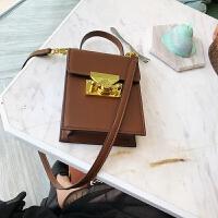 单肩小方包包女2018新款锁扣包粉色斜挎包欧美女包手提小包