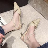 新款女士铆钉亮片高跟鞋 时尚中跟一字扣包头凉鞋女 韩版细跟女尖头单鞋