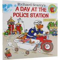 进口英文原版儿童绘本 Richard Scarry's A Day at the Police Station 警察局的