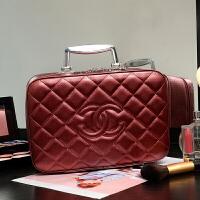 化妆包专柜化妆箱手提大号化妆品收纳包带镜子大容量 酒红色