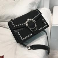 时尚磨砂链条包包女2017新款潮韩版珍珠铆钉斜挎包复古单肩小方包