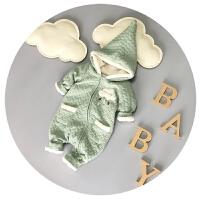 婴儿衣服冬季男女宝宝连体衣秋冬加厚抓绒6-9-12个月潮满月外出服
