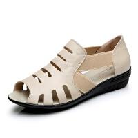 夏季新款低跟凉鞋女式平底真皮镂空鱼嘴鞋女防滑软底妈妈鞋罗马鞋