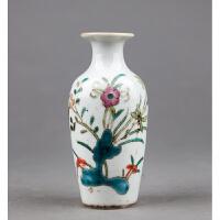 C351《粉彩花卉小瓶》(北京文物公司旧藏,器型规整流畅,粉彩为饰,器身绘制图案精美绝伦,胎厚釉肥,古意盎然)