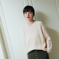 羊绒衫女秋冬新款v领修身短款打底针织衫羊绒套头毛衣女