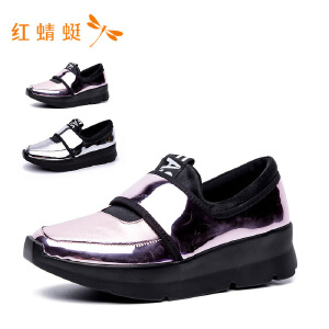 【专柜正品】红蜻蜓女时尚亮面内增高休闲女单鞋