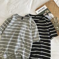 条纹短袖T恤男夏季港风圆领半袖学生韩版宽松打底衫情侣潮