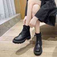 达芙妮真皮厚底马丁靴女2020年新款帅气短筒黑色短靴女显脚小