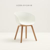北欧餐椅家用书桌靠背创意实木单人现代简约餐厅咖啡洽谈塑料椅子
