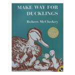 英文原版绘本 Make Way for Ducklings 让路给小鸭子 凯迪克金奖 大开本
