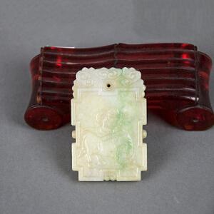 S35清《翡翠吊坠牧牛图》(纯手工雕刻、雕工巧妙、栩栩如生、包浆丰厚)