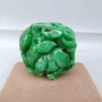 老翡翠福禄把玩件 豆绿色老翡翠手工雕刻 做工精细 刀功娴熟到位 包浆浑厚