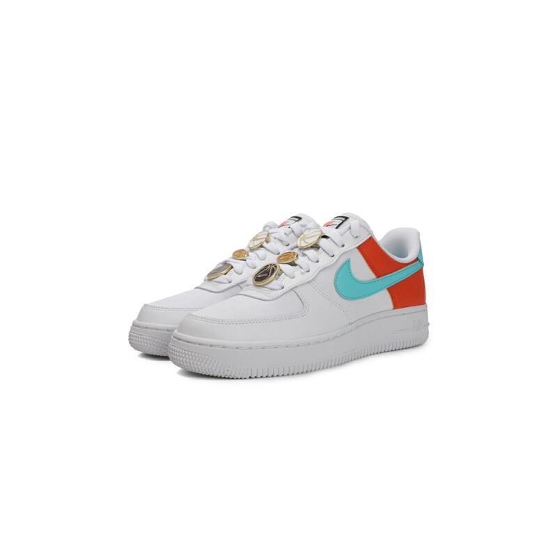 Nike耐克2019年新款女子WMNS AIR FORCE 1 '07 SE复刻鞋AA0287-106