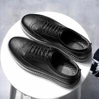 CUM 秋季潮男鞋子休闲鞋青年潮英伦雕花厚底增高休闲皮鞋男
