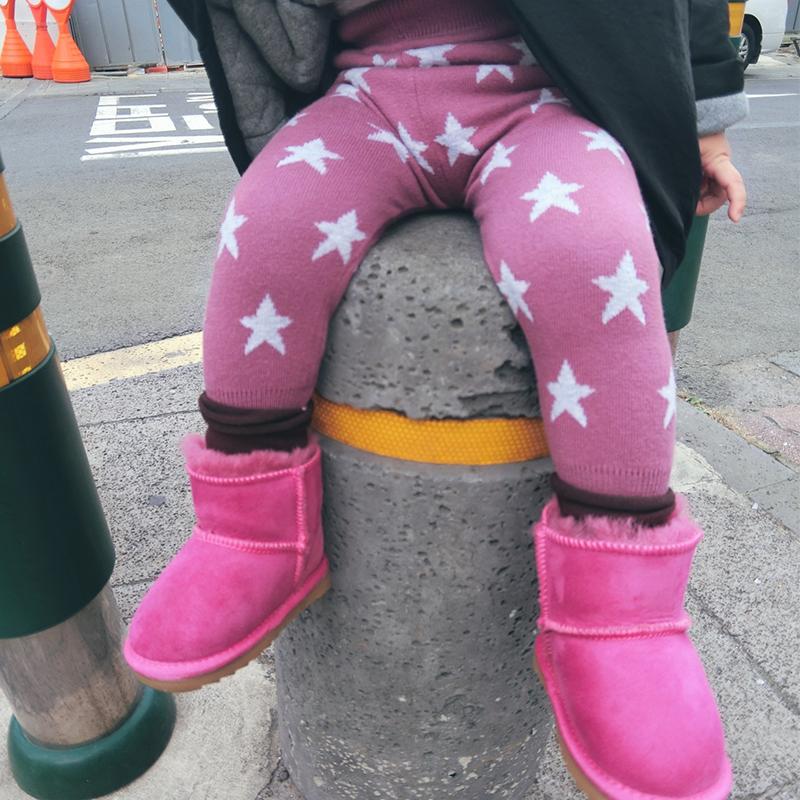 加厚星星针织打底裤 女童打底裤加厚外穿儿童保暖裤子 发货周期:一般在付款后2-90天左右发货,具体发货时间请以与客服协商的时间为准