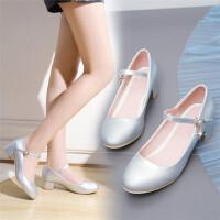 韩版小女孩儿童公主小高跟大童舞蹈鞋表演礼服鞋舞台走秀女童皮鞋