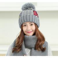 女士花布保暖鸭舌毛线帽 甜美可爱大毛球套帽围巾 经典百搭