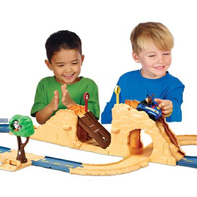 汪汪队立大功(PAW PATROL)男女孩拼接儿童益智轨道回力玩具模拟场景救援车套装 可变动的小部件增强可玩性,享受救援乐趣