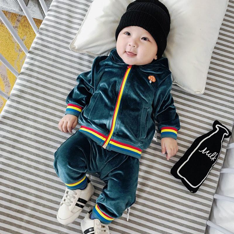 宝宝秋装长袖套装0-1岁婴儿运动服装两件套7外出衣服潮3-6-9个月 发货周期:一般在付款后2-90天左右发货,具体发货时间请以与客服协商的时间为准