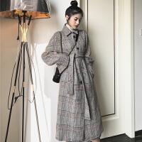 毛呢外套 女士宽松过膝长款格子大衣2020冬季新款韩版女式时尚吊带长裙