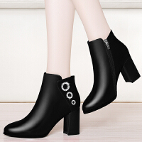 2017秋冬季新款尖头短靴女粗跟裸靴子欧美时尚马丁靴女高跟及踝靴