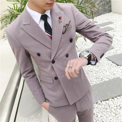 新款韩版双排扣西装男士品质西服套装商务休闲结婚礼服三件套潮 发货周期:一般在付款后2-90天左右发货,具体发货时间请以与客服协商的时间为准