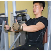 运动半指健身手套男女防滑透气加长护腕哑铃训练单杠健身房