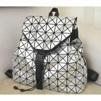 双肩包镭射折叠背包亮面几何图案菱格女包日韩拼接旅行包学生书包