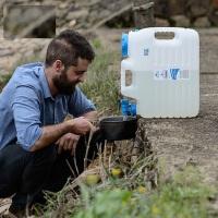 户外旅行水桶 PE食品级自驾游储水桶 纯净水桶车载饮用水桶 矿泉水桶储水箱