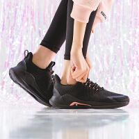 安踏官网旗舰女鞋2020春季新款正品休闲运动防滑跑步鞋女综训鞋12917788
