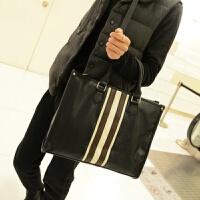新款日韩男士手提包 时尚流行男包单肩斜跨包电脑商务公文包 黑色