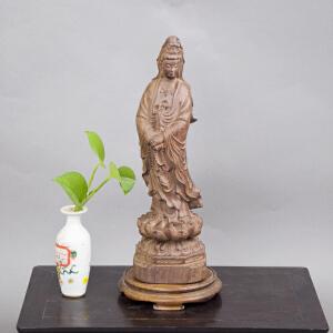 S671民国《檀香观音立像》(此观音立像雕工传神,手拿佛珠,包浆老到,底座为黄花梨,是珍藏之佳品。)