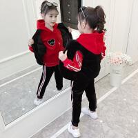 加绒秋冬装时髦运动儿童装卫衣三件套女童金丝绒套装
