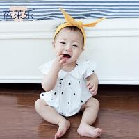 婴儿童连体衣服童宝宝季1岁3个月新生儿潮款三角哈衣新年
