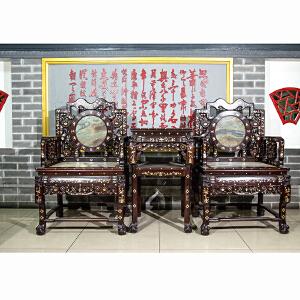 C934民国《太师椅三件套》(红酸枝螺钿镶嵌,大理石座板靠板,褒奖丰润,做工精细,保存完整属实用收藏型。)