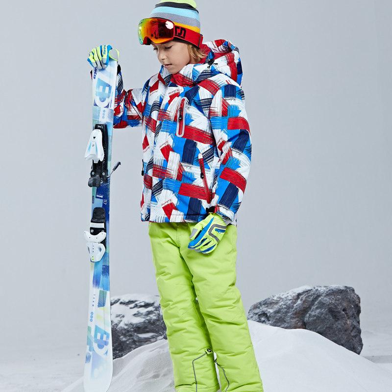 儿童滑雪服套装男童女童户外加厚保暖防水滑雪衣两件套日本新品 发货周期:一般在付款后2-90天左右发货,具体发货时间请以与客服协商的时间为准
