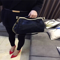 冬季新款欧美潮皮草马毛单肩手提斜跨女士包包时尚气质晚宴包夹子包饺子包 黑色