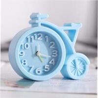 新款糖果色方形闹钟办公家用简约圆形闹钟学生钟表