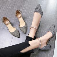 小清新高跟鞋女夏季尖头粗跟一字扣带凉鞋格子女鞋潮