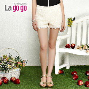 lagogo2014夏装新款蕾丝钩花简约甜美女短裤