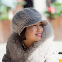 帽子女潮百搭韩版保暖加绒毛线帽中老年女士针织鸭舌贝雷帽