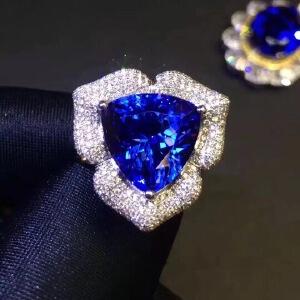 斯里兰卡蓝宝石戒指豪华款高净度
