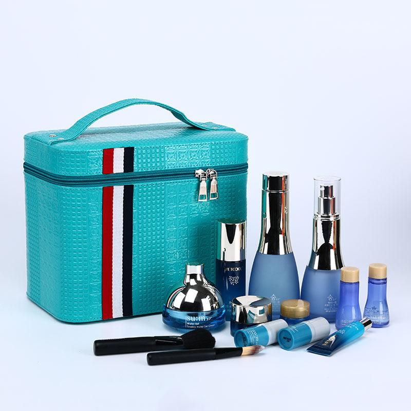 大容量化妆包旅行双层手提化妆箱大号护肤化妆品多层收纳盒小方包 蓝色 发货周期:一般在付款后2-90天左右发货,具体发货时间请以与客服协商的时间为准