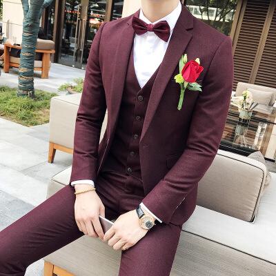 西服套装男士三件套发型师主持人小西装修身韩版伴郎新郎结婚礼服 发货周期:一般在付款后2-90天左右发货,具体发货时间请以与客服协商的时间为准