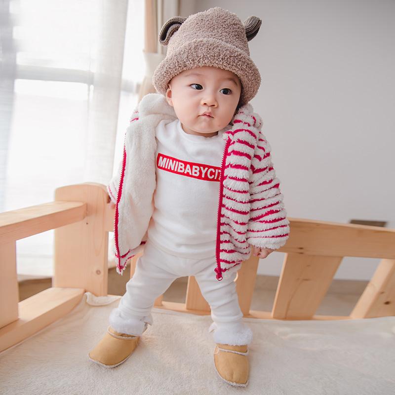 2017婴儿冬装宝宝衣服外套新生儿加绒加厚 369个月外出服 外套 发货周期:一般在付款后2-90天左右发货,具体发货时间请以与客服协商的时间为准
