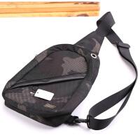 新品吉田porter男士胸包胸前包斜挎包骑行包单肩小背包日韩潮包 网格绿迷彩