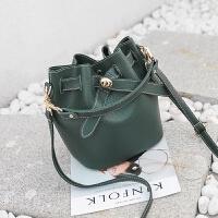 手提包女韩版新款个性时尚单肩包百搭少女小挎包迷你水桶小包 绿色 质量保证